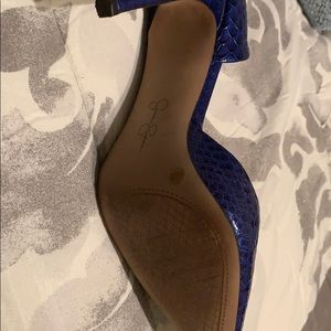 Jessica Simpson Shoes - Blue snake skin heel